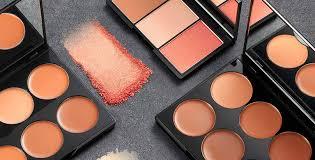 contouring face sleek makeup