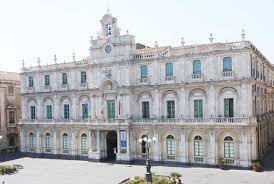 Catania, anche l'Università sospende le lezioni: una città ...