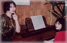 Lê Dung: Người đàn bà vẫn hát… - Âm Nhạc Online