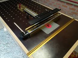 Carl S Woodshop On Twitter The Router Table Of The Workbench Is Finished Incra Ls Positioner With Wonder Fence Incra Mitettrack Jessem Router Plate From Gereedschappro Festool Of1400 Router An Diy Router Lift Woodworking
