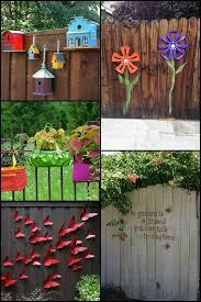 Eight Beautiful Fence Decoration Ideas To Bring Life To Your Backyard Fence Decor Diy Garden Fence Backyard Fences