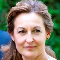Adela Martin Oliveros, PhD Pharm - Directora Técnica - Farmacia el ...