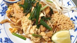 cuisine thai pad thai poulet gai