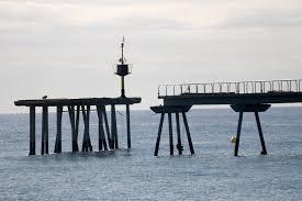 Estación oceanográfica del Puente del petróleo