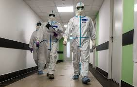 Готовятся изменения в правилах расчета трудового стажа медиков, борющихся с  коронавирусом
