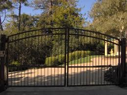 395a Arched Gate Design At Www Ccoigateandfence Com Driveway Gate Double Swing Gate Electric Wrought Iron Driveway Gates Iron Fence Gate Iron Gates Driveway