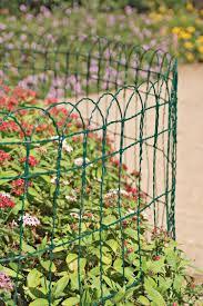 Decorative Wire Border Fence In 2 Heights Gardeners Com Garden Fencing Garden Edging Flower Garden Borders