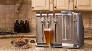 GROWLER CHILL: Keeps 3 Growlers Cold, Fresh & On Tap at Home by Randy  Hollister — Kickstarter