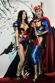 Wonder Woman (Rileah Vanderbilt) & Big Barda   Wonder woman cosplay, Best  cosplay, Cosplay woman