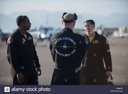 U.S. Air Force Tech. Sgt. Byron Cole, left, a Pacific Air Forces F-16 Stock  Photo - Alamy
