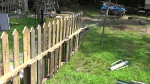 Making A Free Pallet Wood Picket Fence Youtube