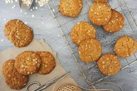 Quick and Easy Anzac Biscuits Recipe ...