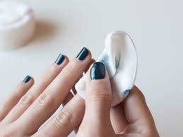 how to remove nail polish from nails