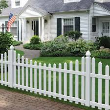 Outdoor Essentials Picketlock Yorktown 4 Ft H X 8 Ft W White Vinyl Scalloped Picket Fence Panel In The Vinyl Fence Panels Department At Lowes Com
