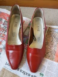 how to dye leather shoes handbags