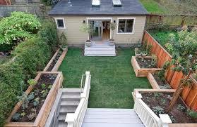 small backyard ideas to make it look bigger