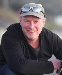 File:NZ journalist Mike White.jpg - Wikimedia Commons