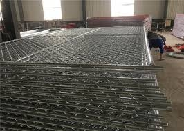 6 Foot X 10 Foot Chain Link Temporary Mesh Fence 1 1 4 Inch Pipes Mesh 2 3 8 Inch X 11 5 Gauge Wire For Sale Chain Link Temporary Fence Manufacturer From China 106943895