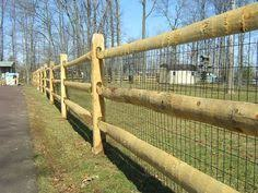 Pin By Jean Gonzalez On For The Yard Dog Fence Backyard Fences Types Of Fences