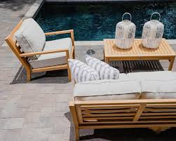outdoor living spaces for year round