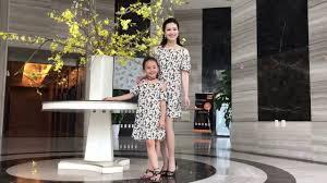 VÁY ĐÔI MẸ VÀ BÉ - B WIN thời trang gia đình hàng đầu việt nam - YouTube