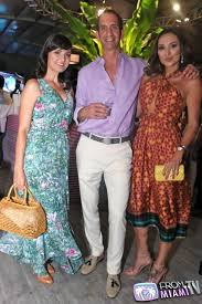 Paraiso Fashion Fair Continued with his fashion collection with Sinesia  Karol - From Miami TV luxury lifestyle events restaurant guide