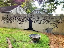 Unusual Garden Fence Ideas That Will Brighten Up Your Outdoor Space