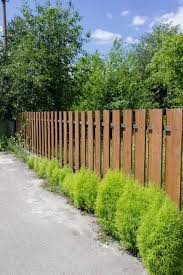 10 Different Types Of Wood Fencing