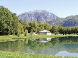 location vacances lac gîte lac isère