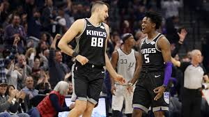 De'Aaron Fox makes the leap as the Kings finally beat the Spurs | by  Brandon Anderson | Medium