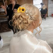 A gorgeous bridal look to brighten up... - Addie Newman Hair | Facebook