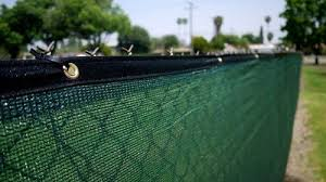 6x50 Green Fence Privacy Screen Taped Windscreen Cover Shade Cloth Mesh Fabric Slats Http Www Amazon Com D Greenhouse Plans Greenhouse Plant Watering System