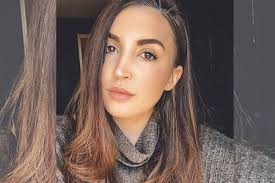 Jacqueline Laurita's Daughter Ashlee Holmes' Chin Plastic Surgery | Style &  Living