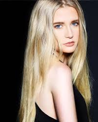 Model Ashley Snyder – Athenasphere