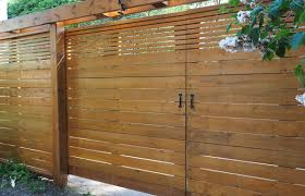 How To Stain And Seal A New Fence Wagner Spraytech