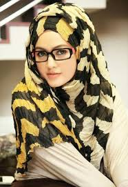 latest fashion hijab style trends
