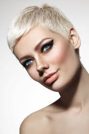 best hair color for blue eyes