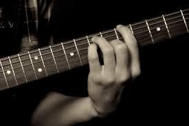 Poze : muzică, Alb și negru, chitara acustica, muzician, monocrom,  instrument muzical, a închide, basistul, ghitarist, chitară bas, Fotografie  alb-negru, Instrument cu coarde, instrumente cu coarde fără pene,  slide-chitară 5184x3456 - -