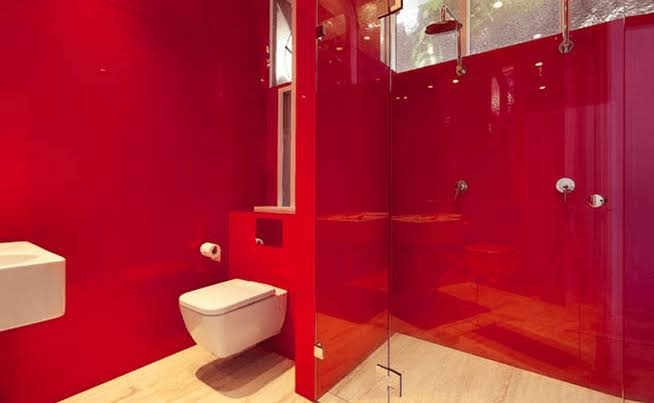 Plastic in Bathroom Wall Panels - Uses and Installation Tips