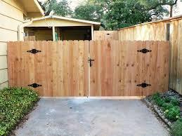 5 Ft High Double Gate Cedar Yelp Cedar Fence Wood Fence Gates Wood Gates Driveway