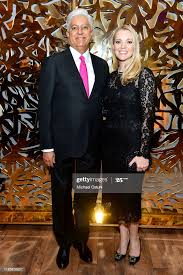 Prakash Masand and Angela Masand attend Central Park Conservancy... News  Photo - Getty Images