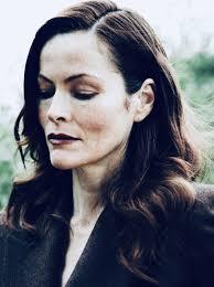 Selina Giles - IMDb