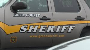 Driver, 6 juvenile passengers injured in crash, Green County officials say
