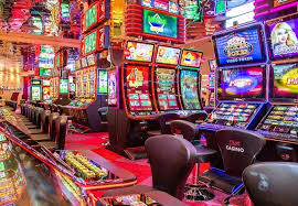 Slot Games & Casinos Online - Is It Worth Choosing For?