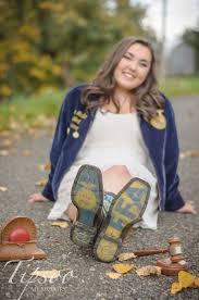 FFA Senior Photo Ideas | Tipsoo Memories - Hilary Reynolds, Photographer  #tipsoomemories in 2020 | Senior photo outfits, Senior girl poses, Senior  girls