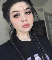 صور فتيات جميلات غريبة صور بنات