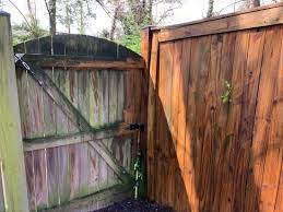 Power Washing Your Fence A Girl S Guide To Home Diy