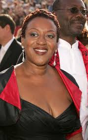 CCH Pounder Photos Photos: 57th Annual Emmy Awards - Arrivals | Emmy  awards, Black actresses, Actresses