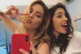 Vicky Mihajlovic Isola dei Famosi 2019: il selfie allo specchio ...