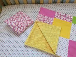 white daisy girl crib bedding hot pink
